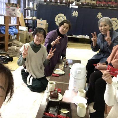 須賀神社で気功お茶会